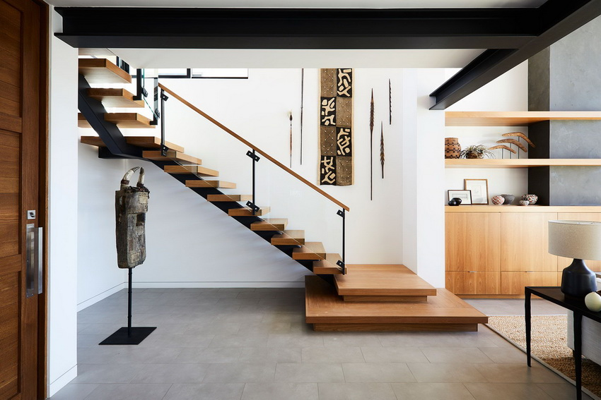 Stair Bordes with Ethnic Decorations