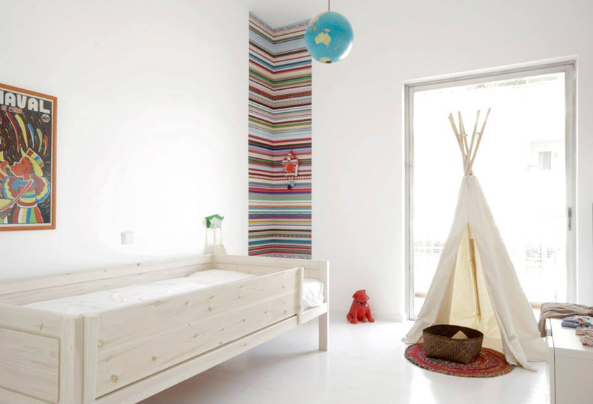 minimalist kids rooms with wood beds
