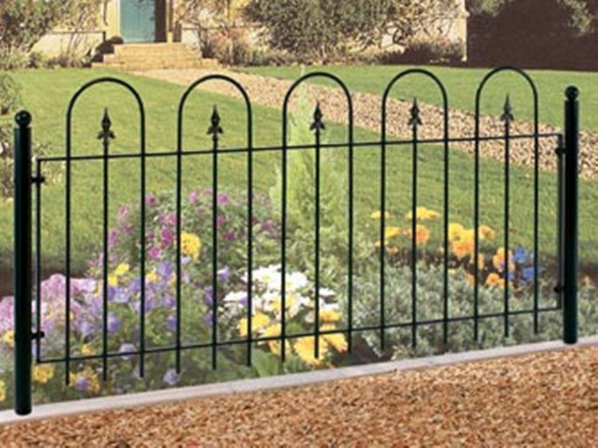 Low Trellis Garden Fence