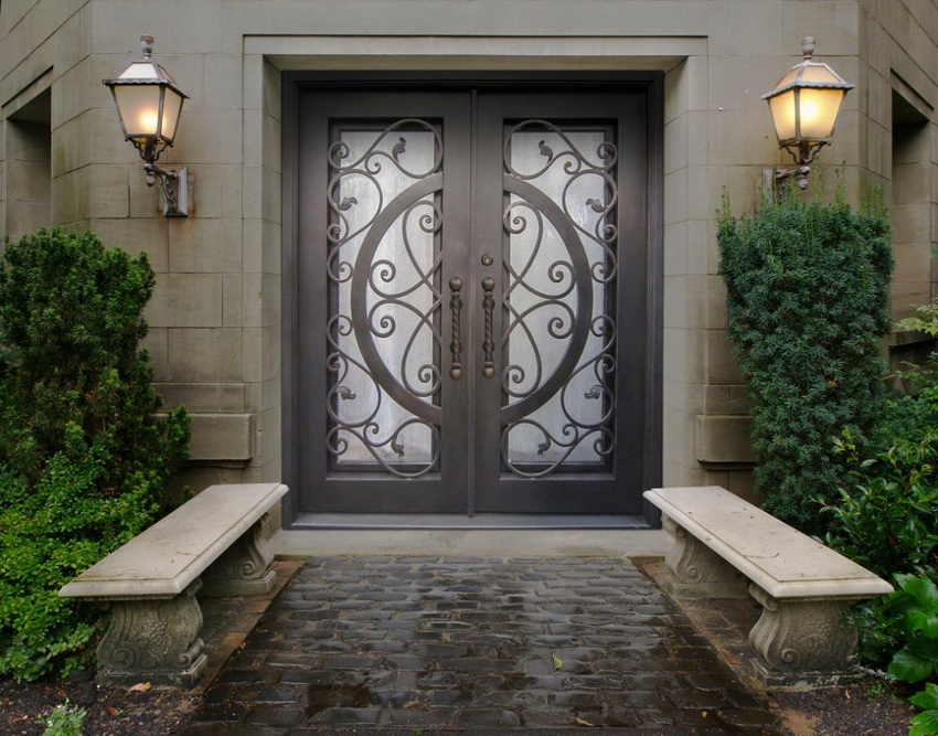 Luxurious Main Door