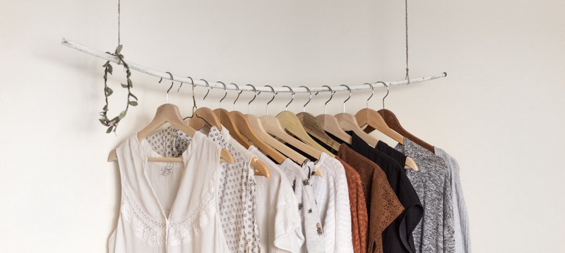 Wardrobe Design with Hanger