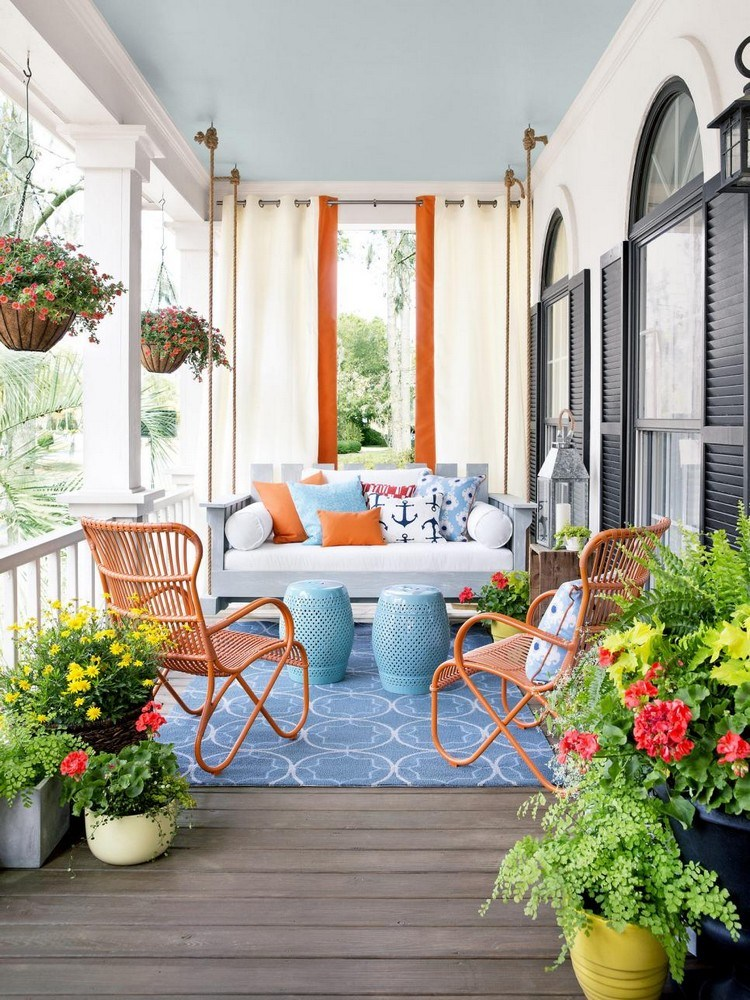 Front porch design with cheerful shades