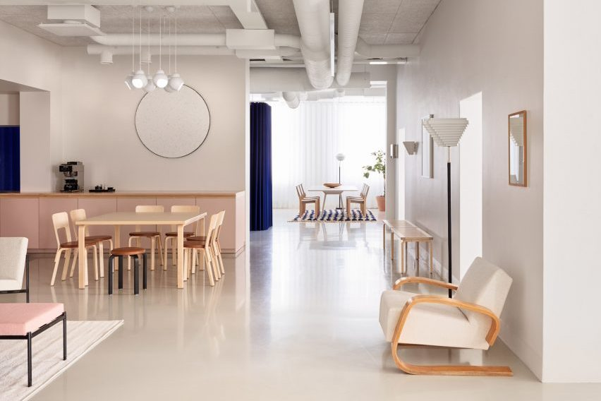 match interior material with room design