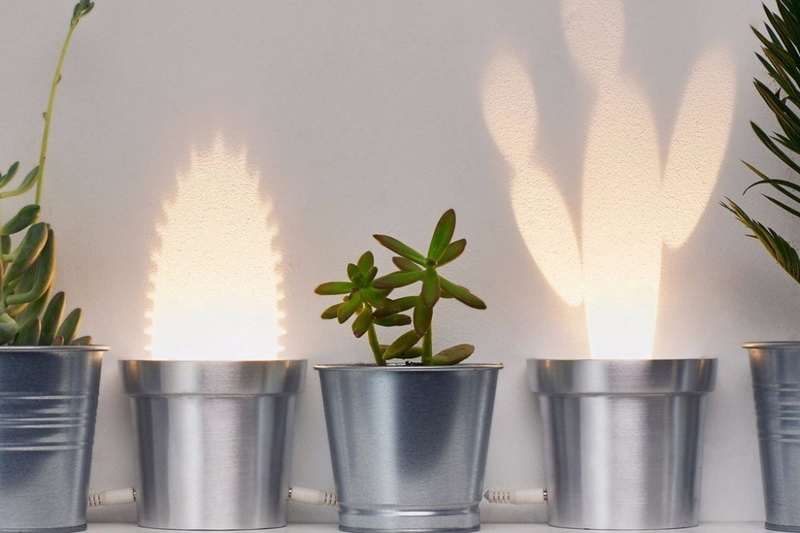 Minimalist Pop-up Garden Lights