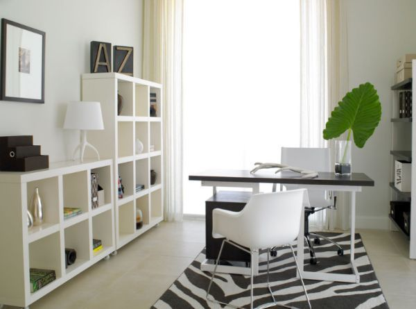 Color Schemes in the Right Minimalist Workspace
