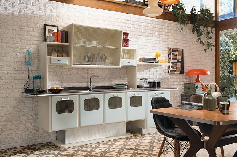 Vintage Furniture As The Main Feature