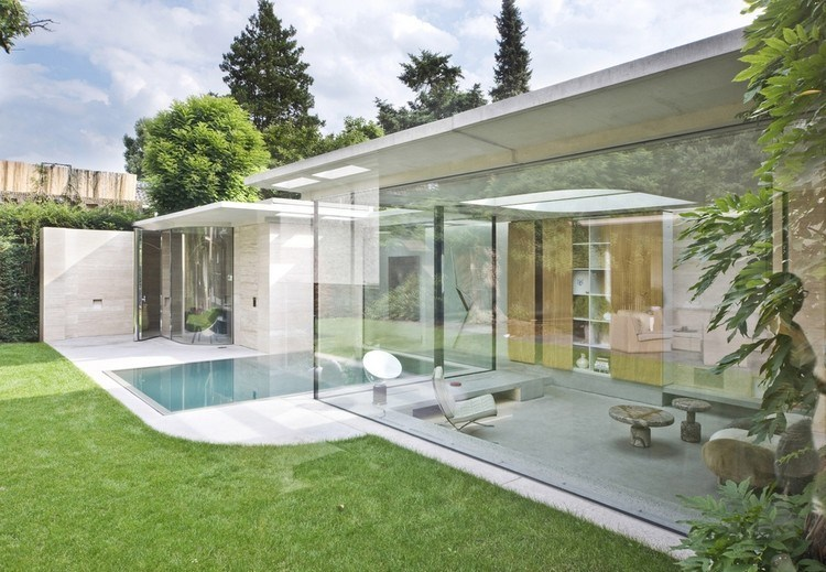 Pavilions with glass walls