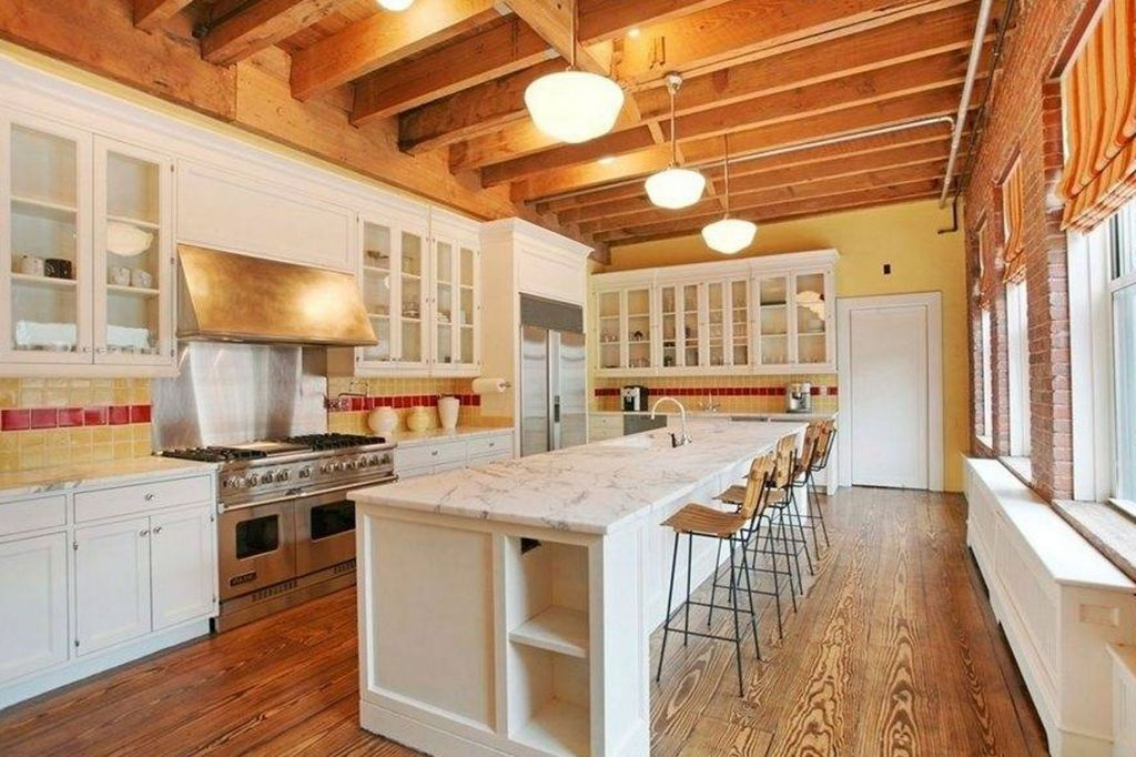 Country Style Luxury Kitchen Design