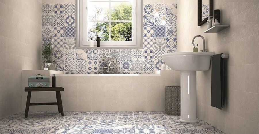 Bathroom wall tiles with Moroccan style